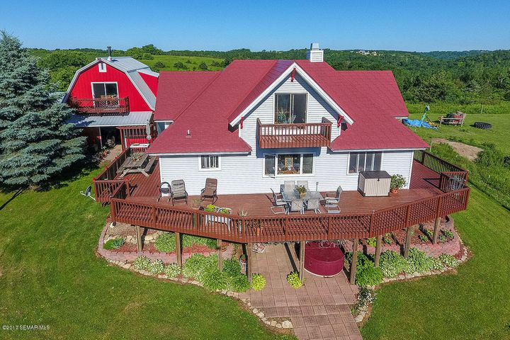 32999 712th Street, Lake City, MN 55041