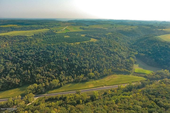 XXXX County 8 Road, Dakota, MN 55925