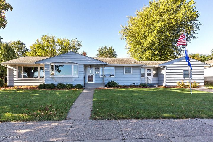 621 N Lakeshore Drive N, Lake City, MN 55041