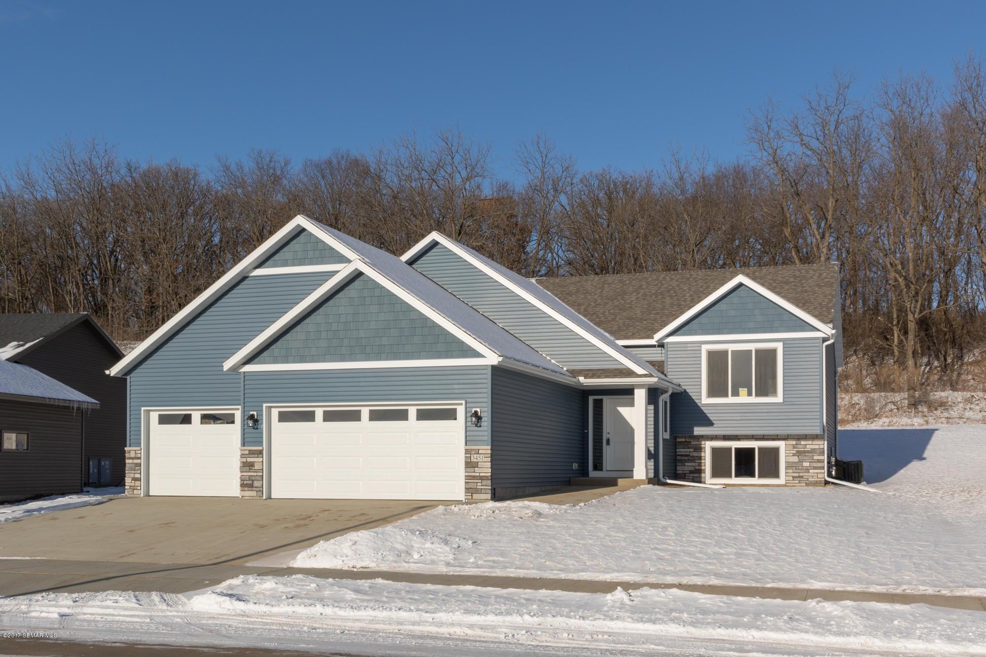 3451 Ridgeline Drive SE, Rochester, MN 55904