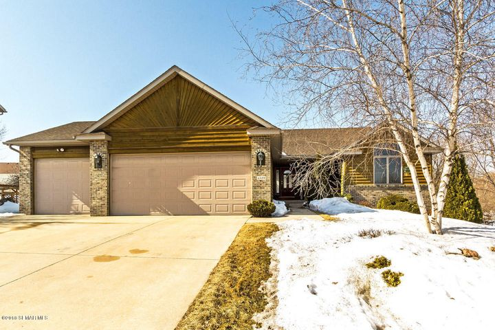 4529 Manorwoods Place NW, Rochester, MN 55901