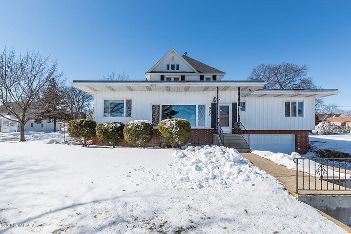 922 S Lakeshore Drive, Lake City, MN 55041