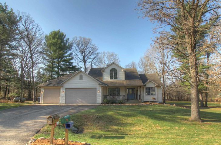 Impressive home on 1-acre lot with beautiful pines and hardwood trees. You'll love the quiet neighborhood on the edge of Cannon Falls. Easy access to Hwy 52 for commuting to Twin Cities or Rochester.