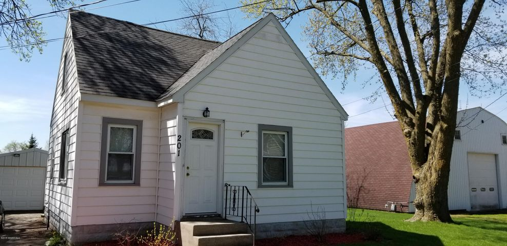 201 2nd Street SE, Hayfield, MN 55940