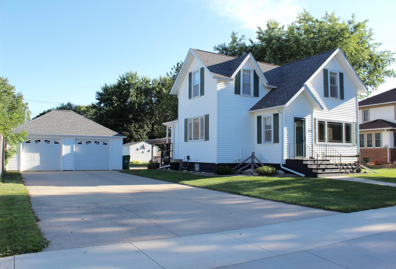 131 Main Street E, Blooming Prairie, MN 55917