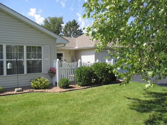 2102 Oak Tree Lane, A, Austin, MN 55912
