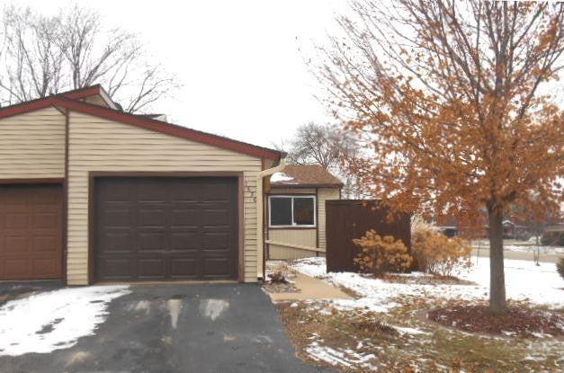 1650 Meadow Circle SE, Rochester, MN 55904