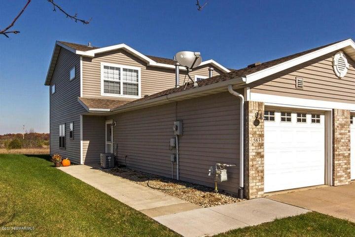 583 Pointe Court SW, Rochester, MN 55902