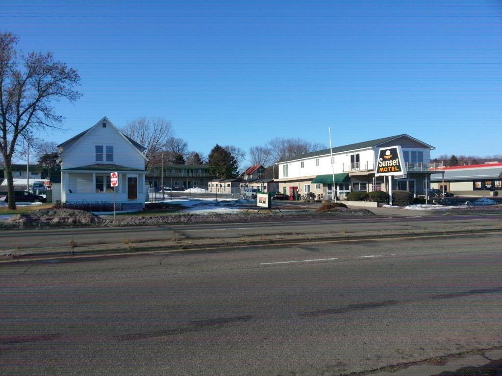 1515 N Lakeshore Drive, Lake City, MN 55041