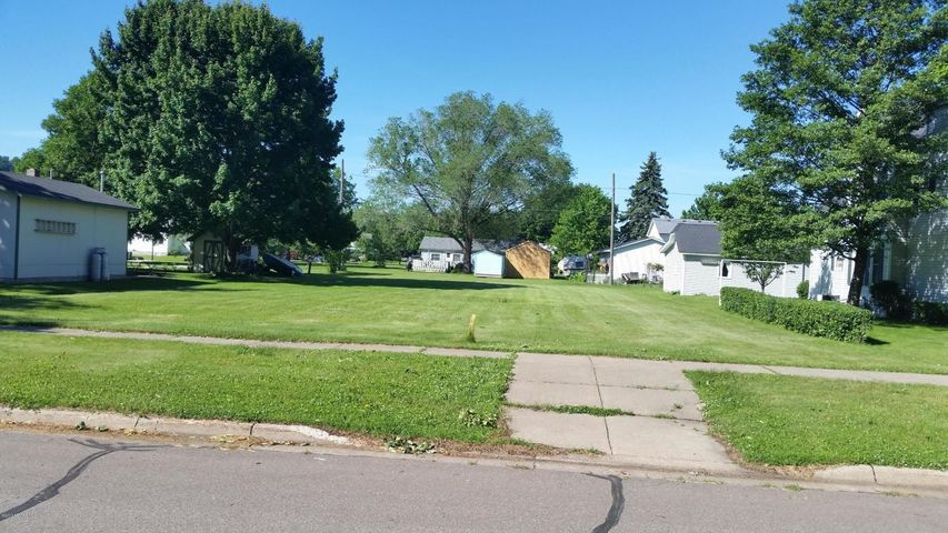 612 S 6th Street, Lake City, MN 55041