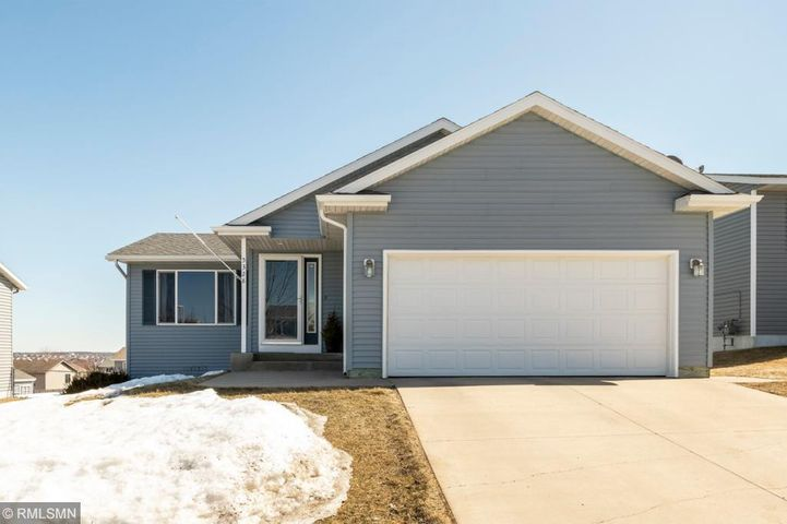 5328 Kingsbury Place NW, Rochester, MN 55901