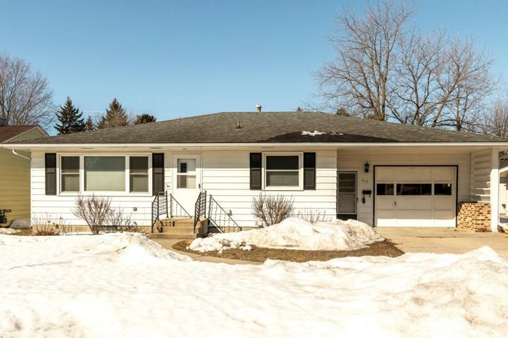 612 Lyndale Avenue, Spring Valley, MN 55975