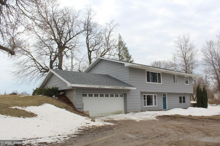 8703 51st Street NW, Annandale, MN 55302