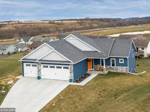 446 3rd Way SE, Dover, MN 55929