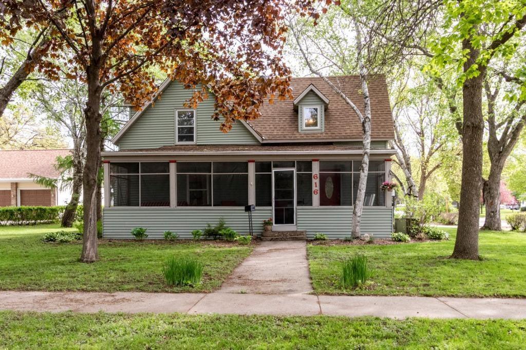 616 Winona Street SE, Chatfield, MN 55923
