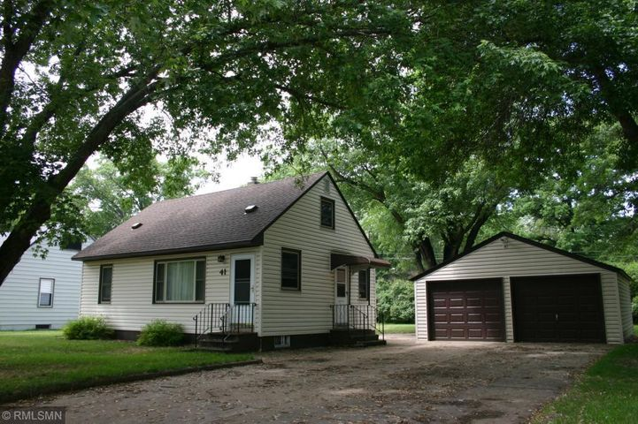 41 Center Road, Circle Pines, MN 55014