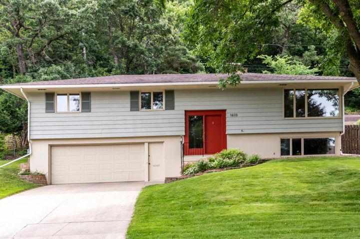 1610 11th Avenue NE, Rochester, MN 55906