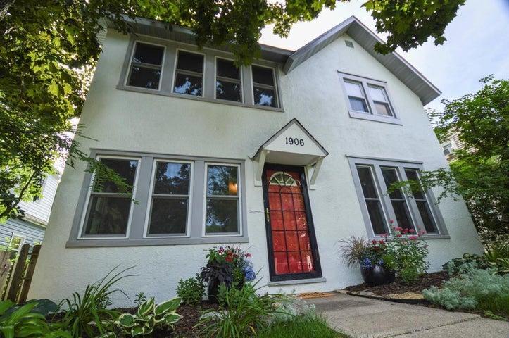 1906 Hayes Street NE, Minneapolis, MN 55418