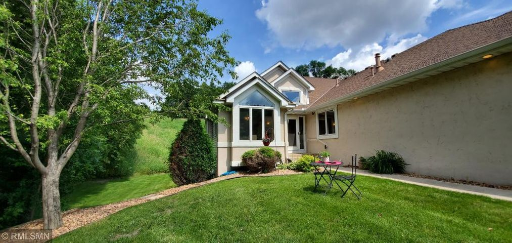 Enjoy a quiet interlude with a great view in your own secluded front yard.