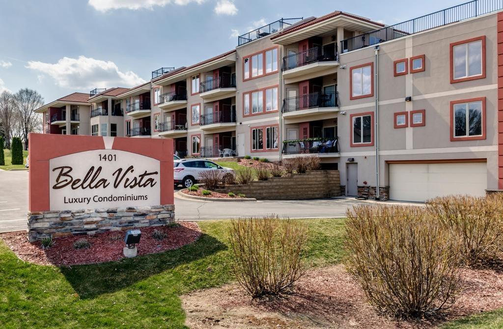 1401 N Lakeshore Drive, Lake City, MN 55041