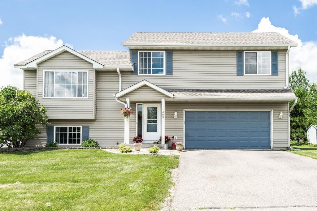 1365 Brookhaven Drive, Hammond, WI