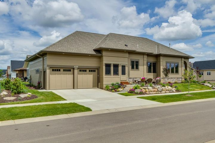 Welcome to 4010 Monarch Lane - Wildflower at Lake Elmo