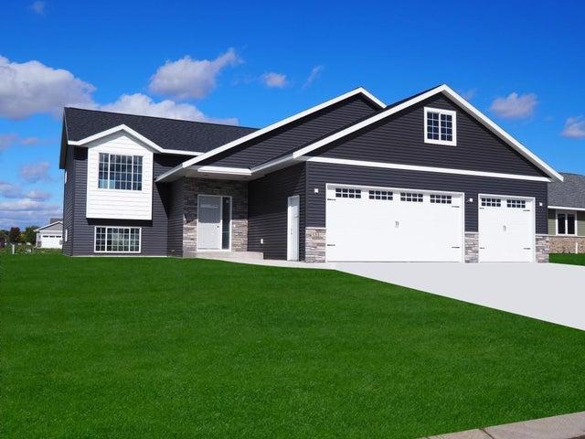 133 Eau Claire Avenue SE, Hutchinson, MN 55350