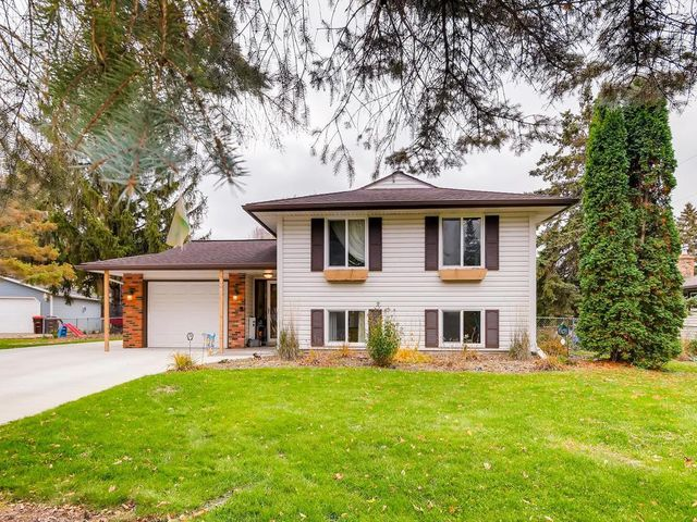 8247 Ideal Avenue S, Cottage Grove, MN 55016