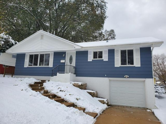 2653 11th Avenue NW, Rochester, MN 55901