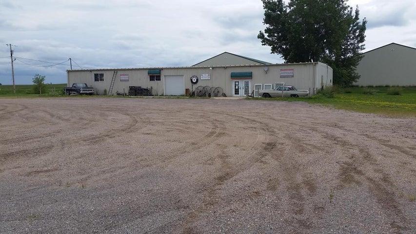 1842 Highway 7, Lester Prairie, MN