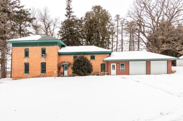 8014 County Road 136 SE, Chatfield, MN 55923
