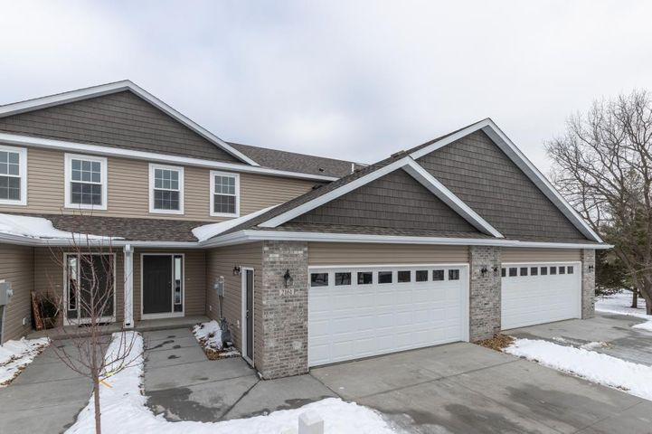 2161 Sparrow Place SE, Rochester, MN 55904