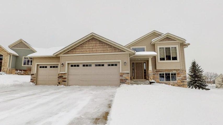 6308 Pheasant Lane NW, Rochester, MN 55901