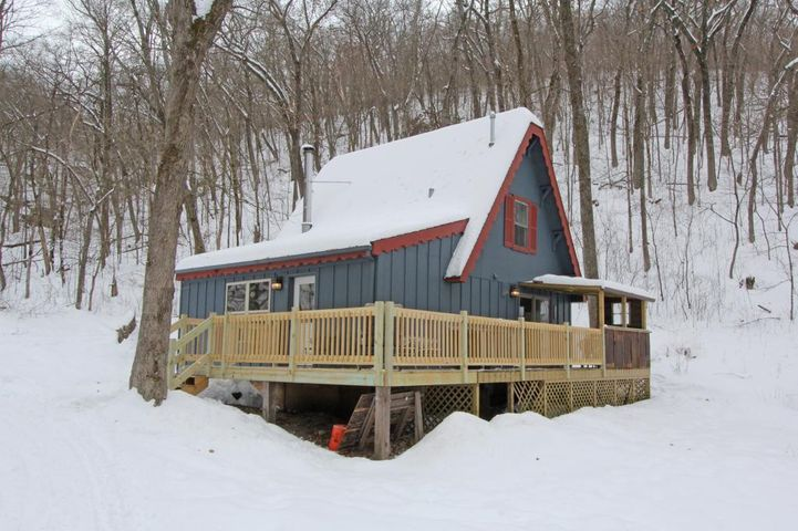 45480 County 13, Mabel, MN 55954