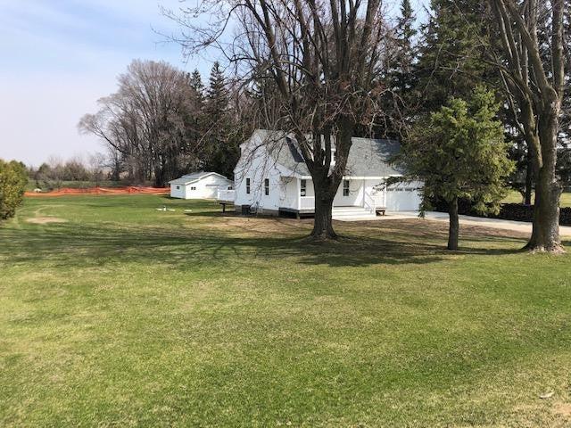 12476 Nichols Spring Drive, Chatfield, MN 55923