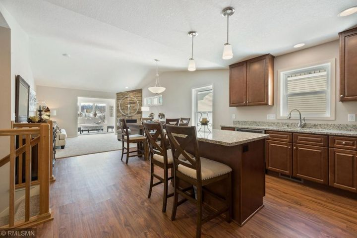 2721 Ridgeview Drive, Red Wing, MN 55066