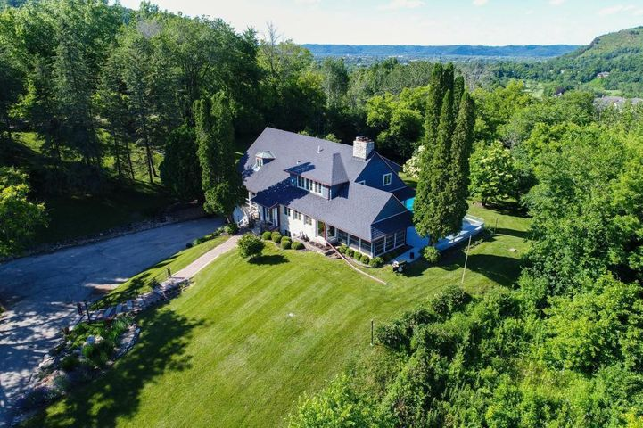 23089 Blackberry Road, Winona, MN 55987