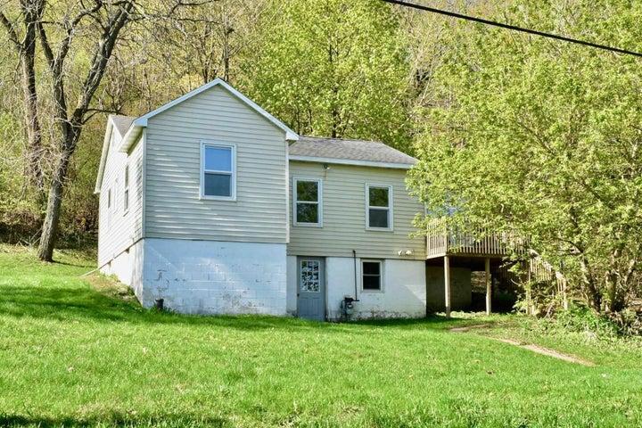 36181 Old Cartway Drive, Winona, MN 55987