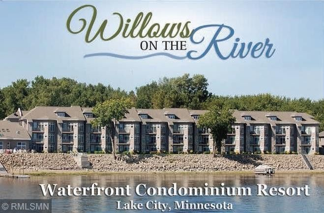 100 Central Point Rd, Lake City, MN 55041