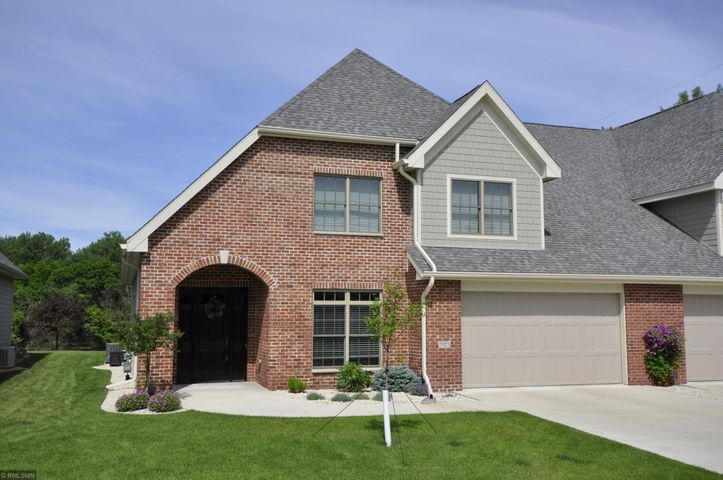1821 Traders Point Lane SW, Rochester, MN 55902