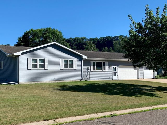 1201 Maple Place, Lake City, MN 55041