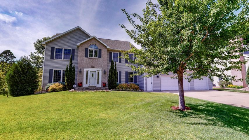 2921 Stonegate Court SW, Rochester, MN 55902