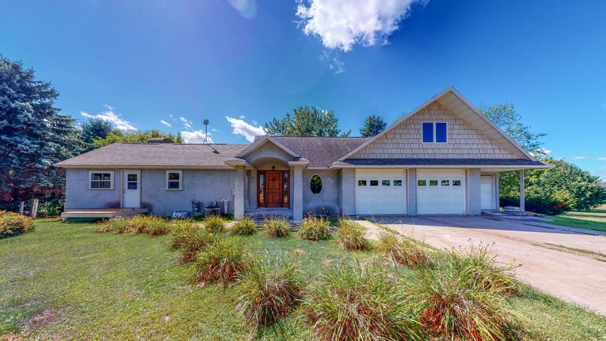 32727 361st Avenue, Lake City, MN 55041