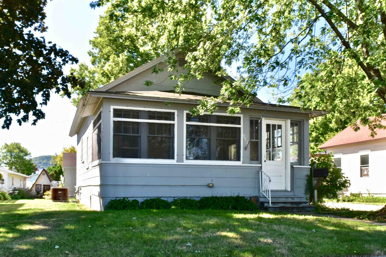 973 W 2nd Street, Winona, MN 55987