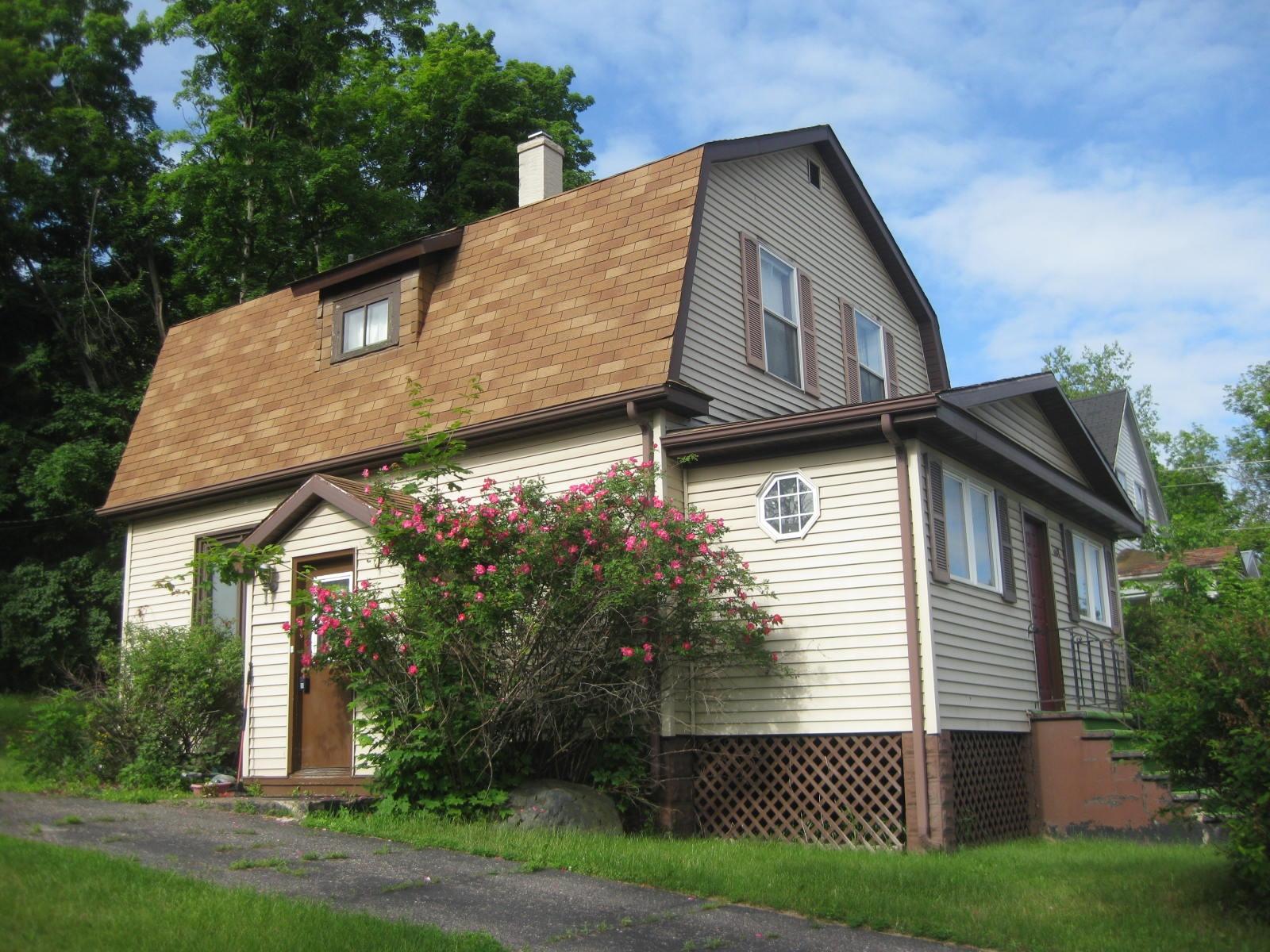 1608 River Street, Niagara, WI 54151