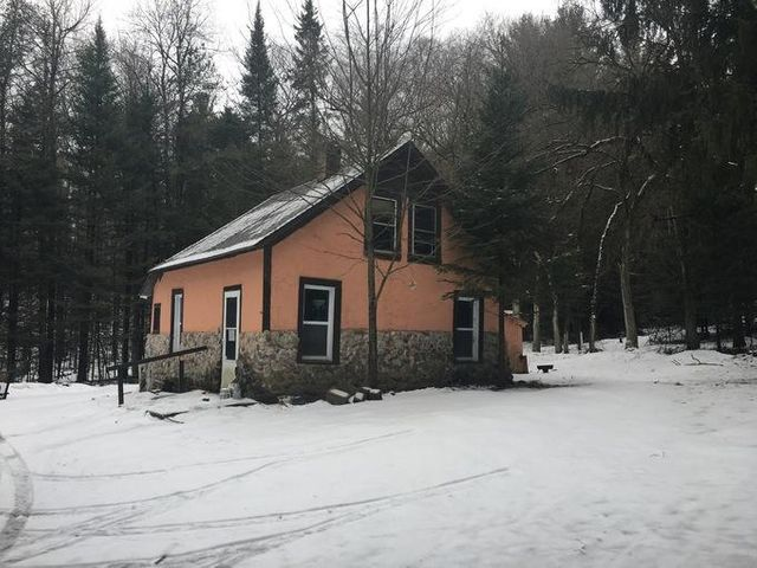 N14941 Old Hwy 141 Road, Amberg, WI 54102