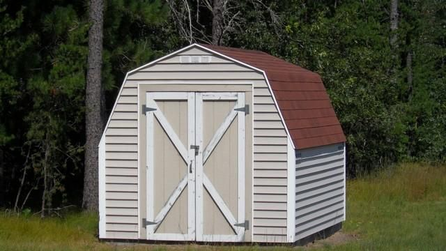 Shed with outdoor privy