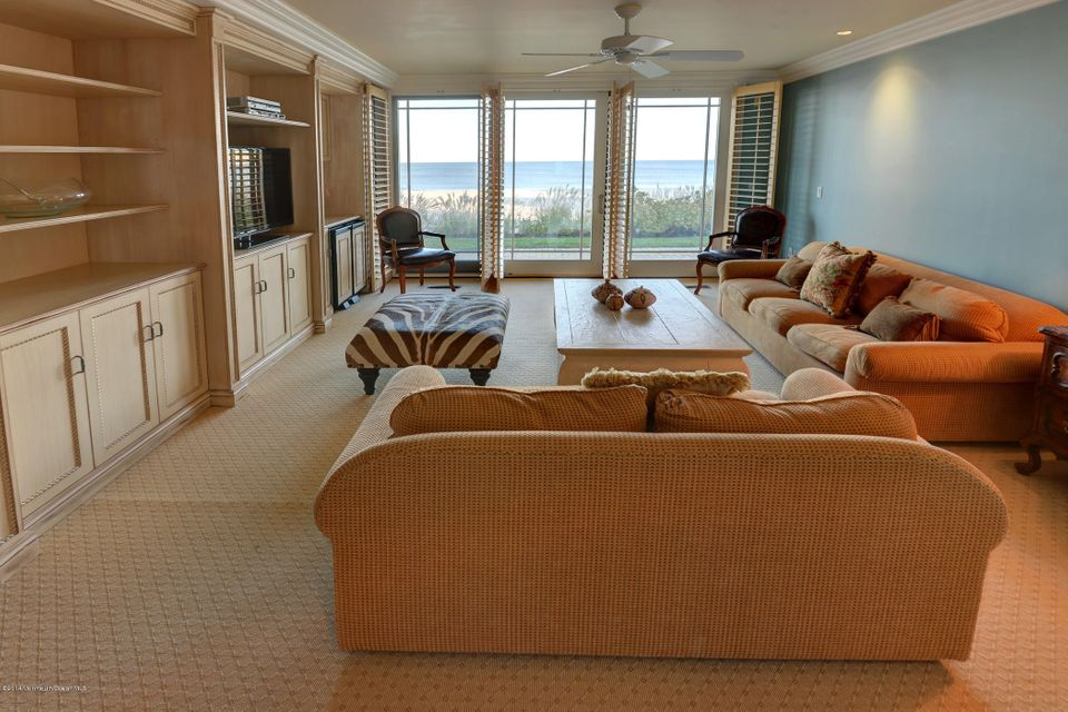 Custom Built-In Oceanfront Family Room
