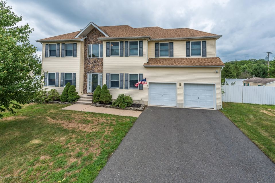 3 Concetta Court, Howell, NJ 07731