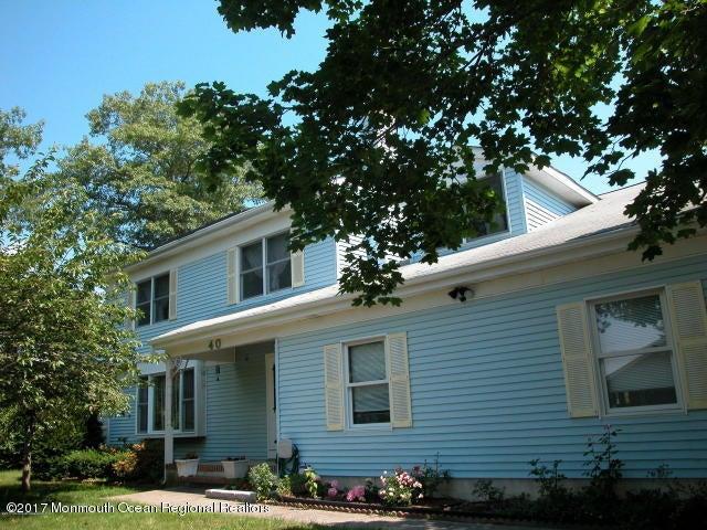 40 Elm Street, Beachwood, NJ 08722